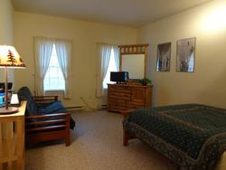 Inns of Whitetail Unit 206 - Queen and double futon at Whitetail Resort Real Estate